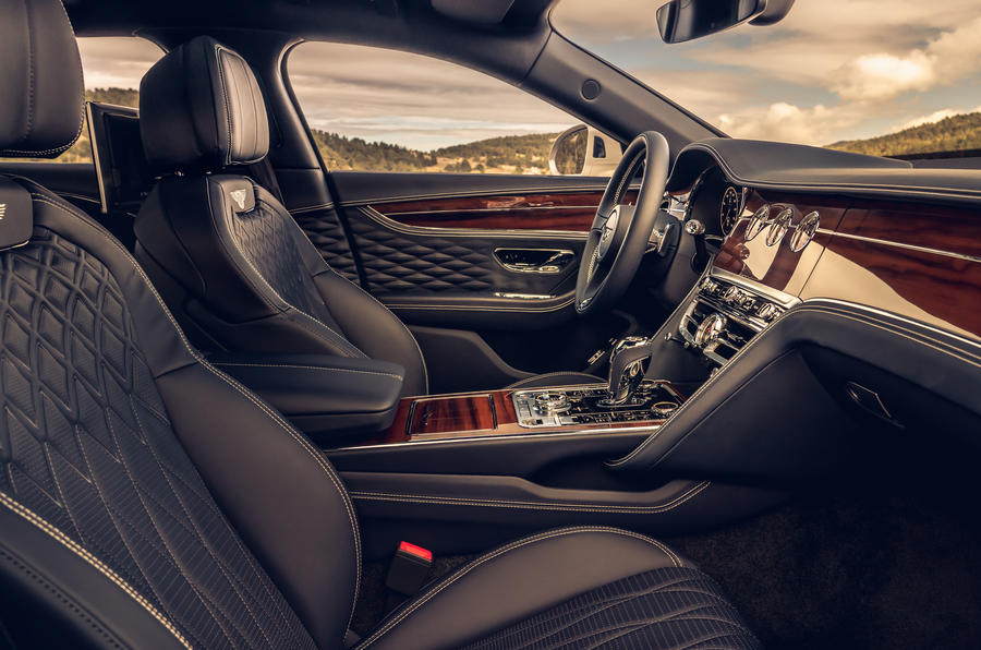 blackline flying spur interior