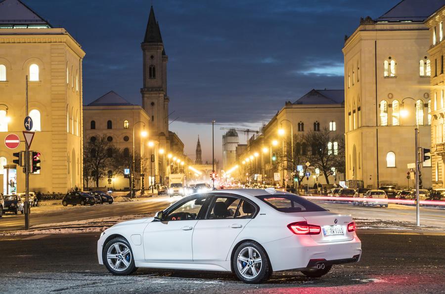 249bhp BMW 330e