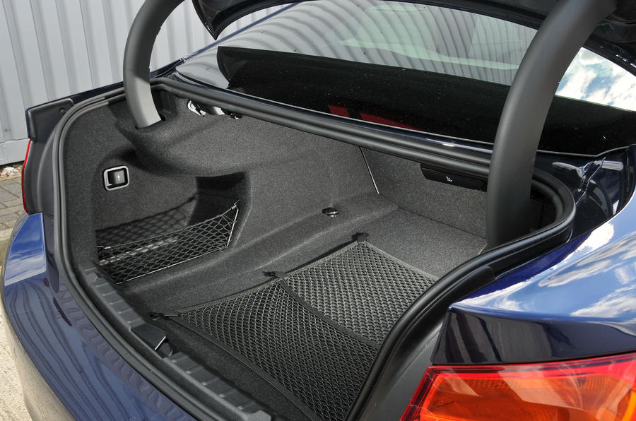 BMW 440i boot space