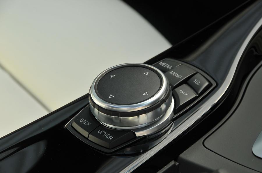 BMW 440i iDrive controller
