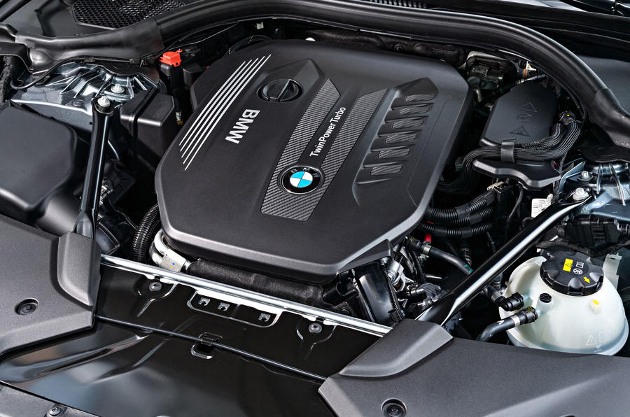 3.0-litre BMW 530d Touring diesel engine