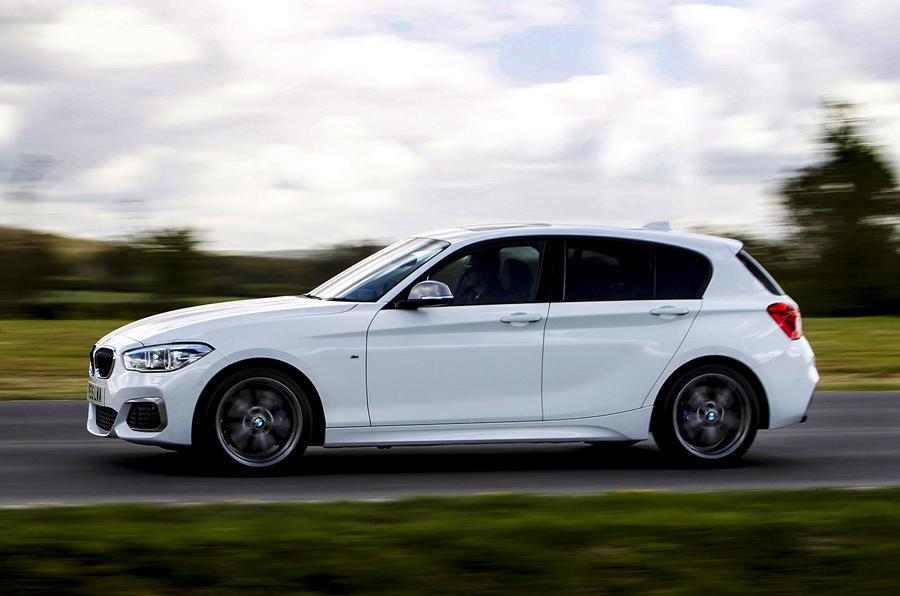 BMW M140i hard cornering