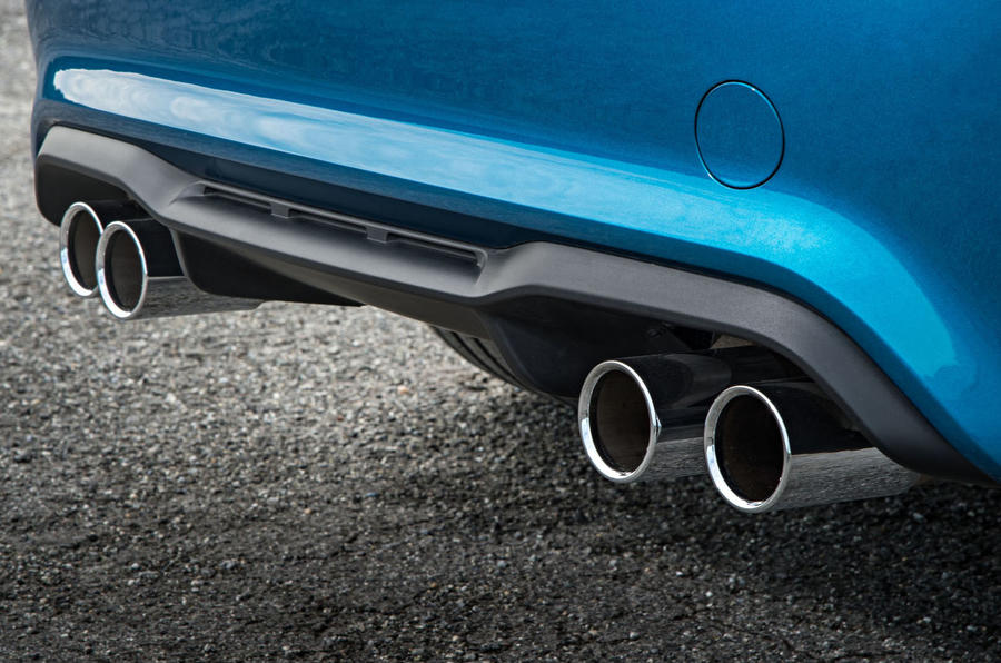 BMW M2 quad-exhaust