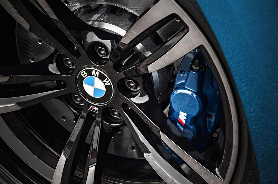 BMW M2 blue brake calipers