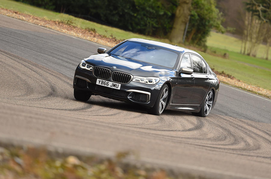 BMW M760Li xDrive cornering