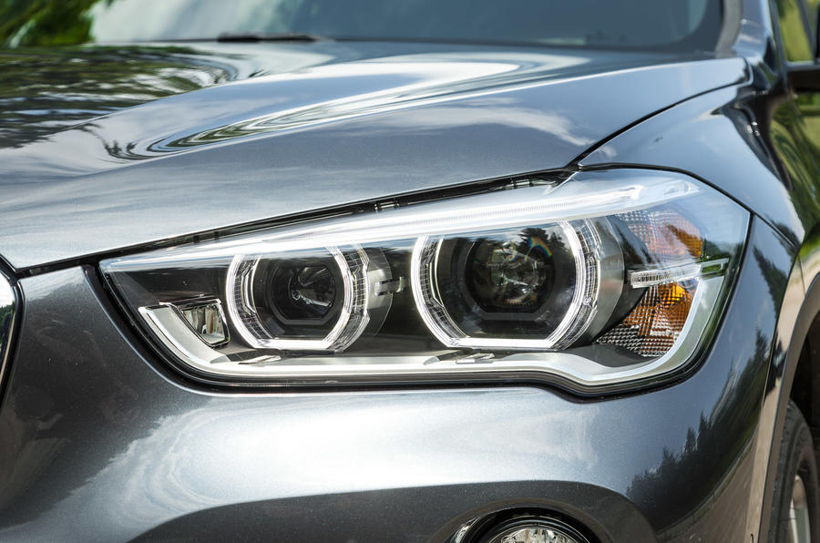 BMW X1 bi-xenon headlights