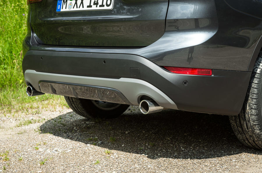 BMW X1 twin exhausts