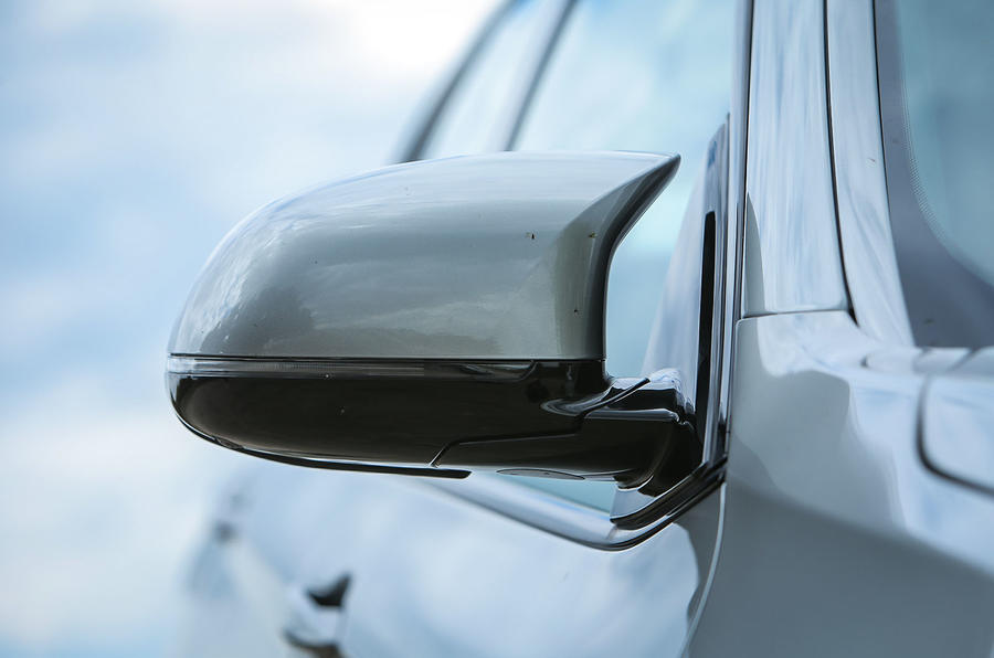 BMW X5 M wing mirror