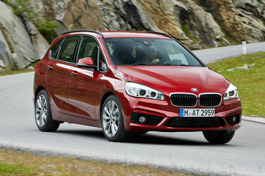 BMW 216d Active Tourer cornering