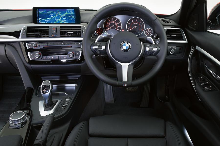 BMW 320d M Sport dashboard