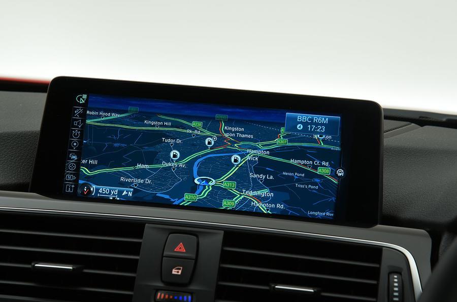BMW 320d M Sport iDrive infotainment