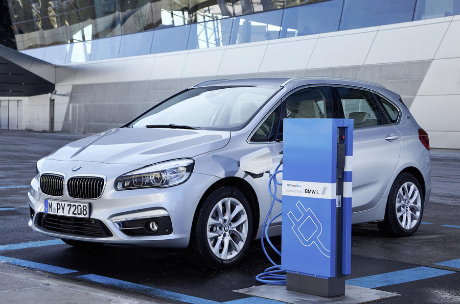 Charging the BMW 225xe Active Tourer