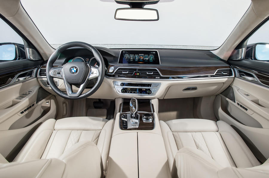 BMW 730d dashboard
