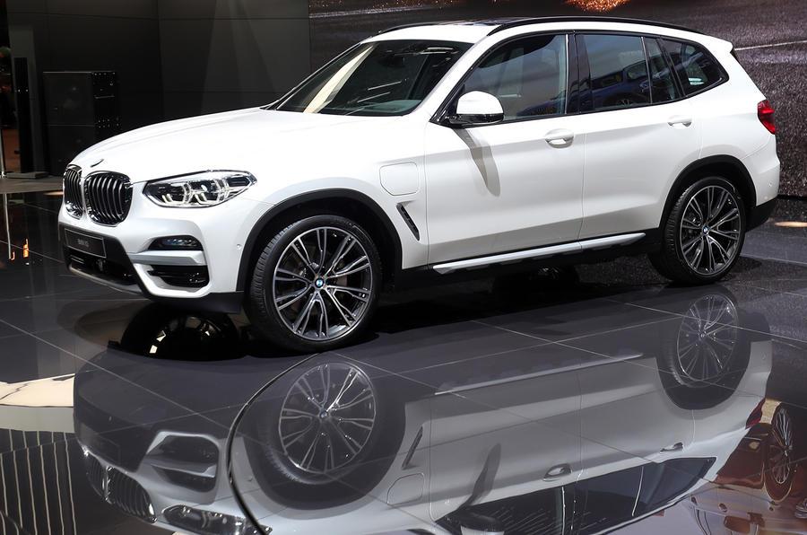 2020 BMW X3 Hybrid, Electric, Engine >> Bmw Launches New X3 Plug In Hybrid Variant Autocar