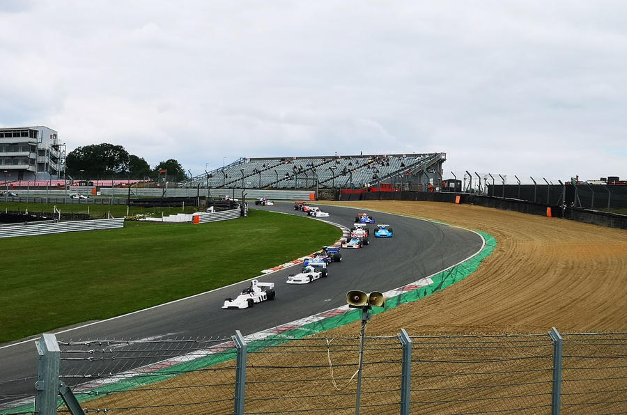 Brands Hatch Superprix crowd