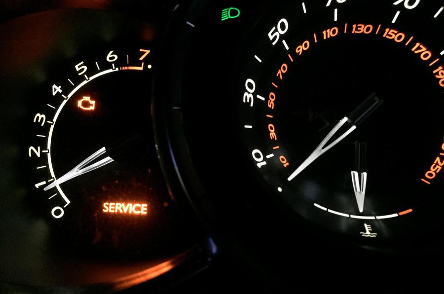 DS 3 Performance error light on dash