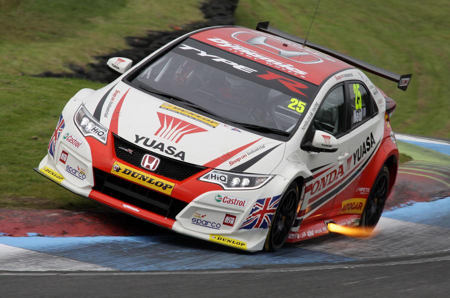 Btcc 2015 Race Report Knockhill Autocar