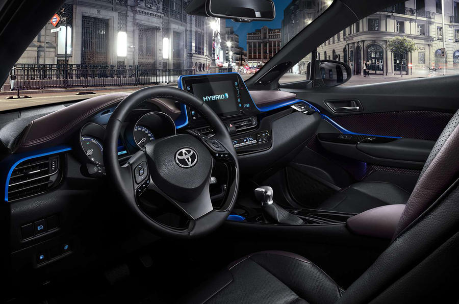toyota  hr interior revealed autocar
