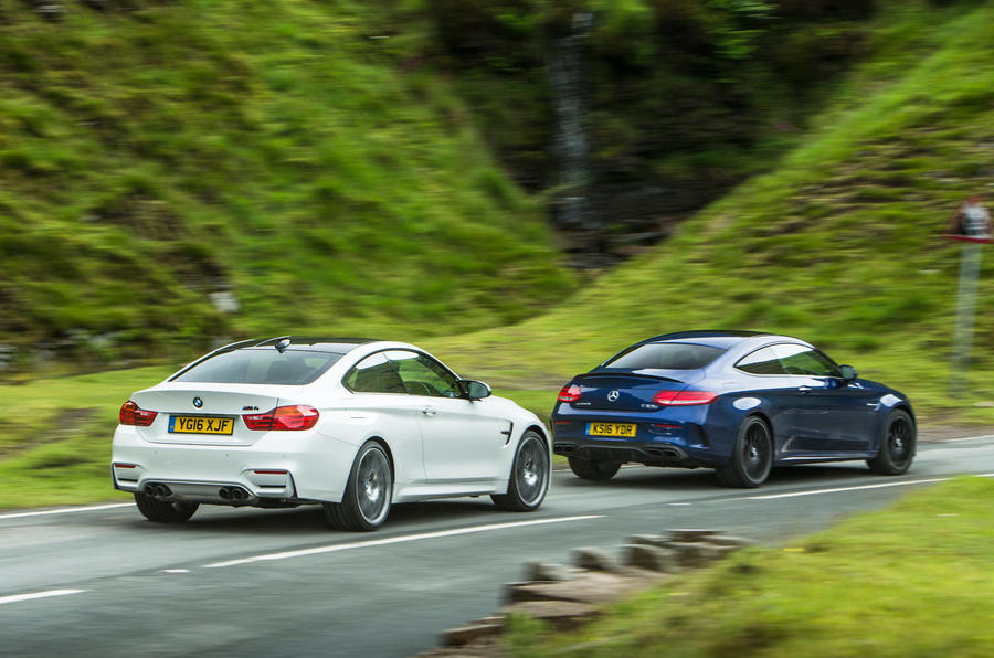 Mercedes-AMG C63 S Coupé vs BMW M4 Competition Pack - twin test