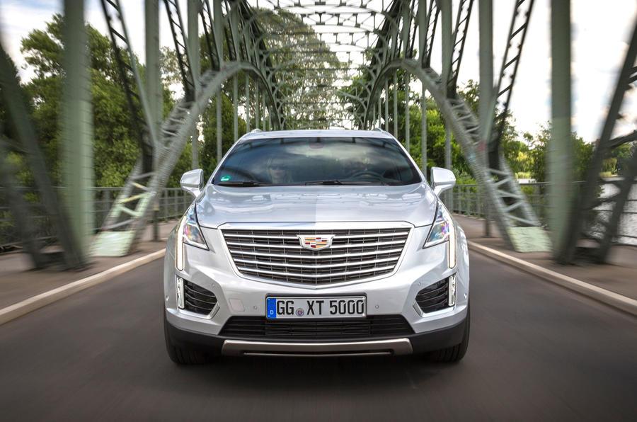 Cadillac XT5 Platinum front