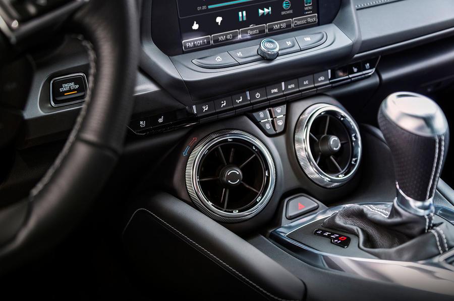 Chevrolet Camaro air vents