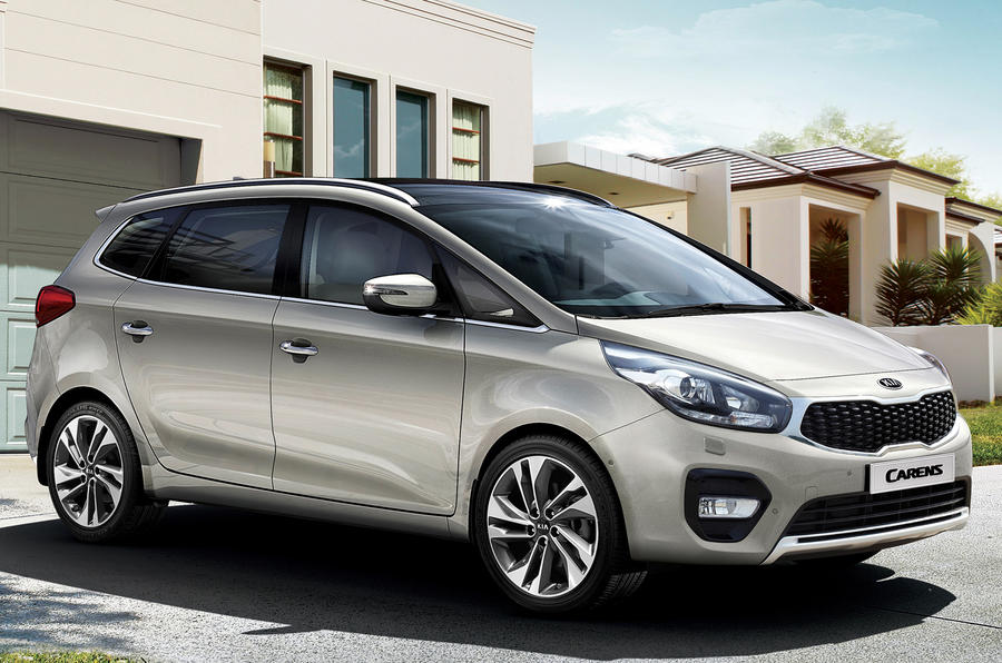 Kia Carens facelift revealed