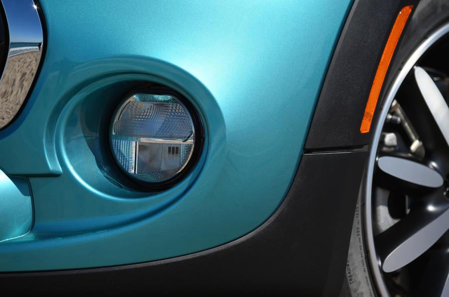 Mini Cooper S Convertible foglight
