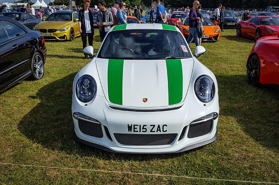 PORSCHE 911 R: One of only 991 made and, if we may so, presented in a very fine colour scheme