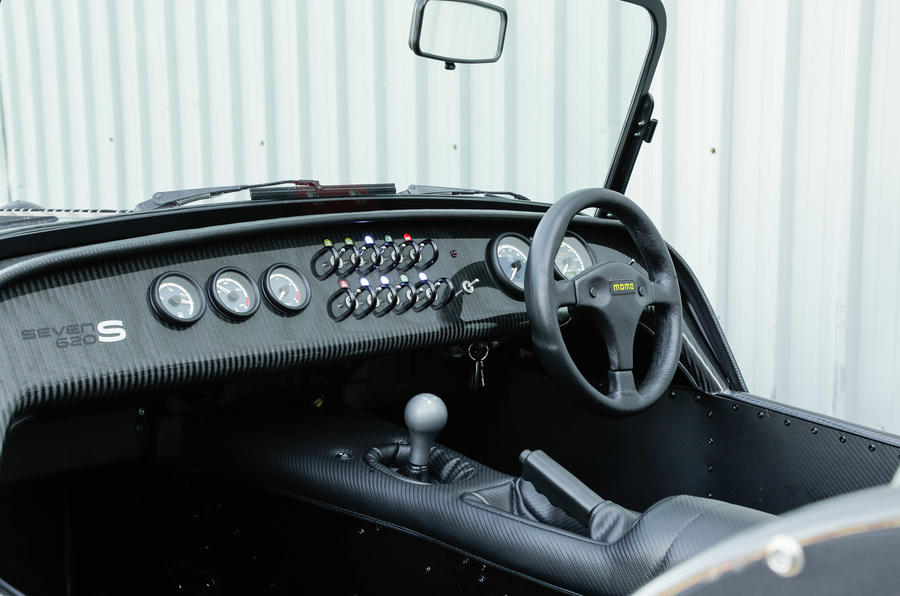 Caterham Seven 620S interior