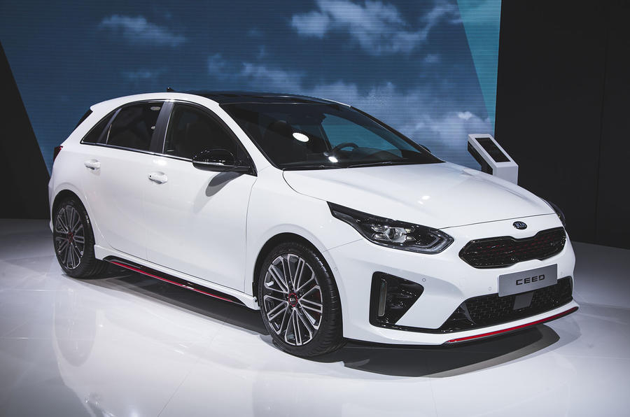 kia announces pricing of ceed gt line and 201bhp ceed gt. Black Bedroom Furniture Sets. Home Design Ideas