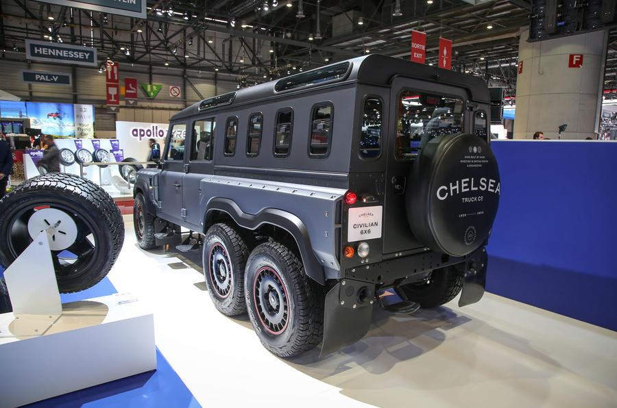 Chelsea Truck Company 6X6 Civilian Carrier launches | Autocar