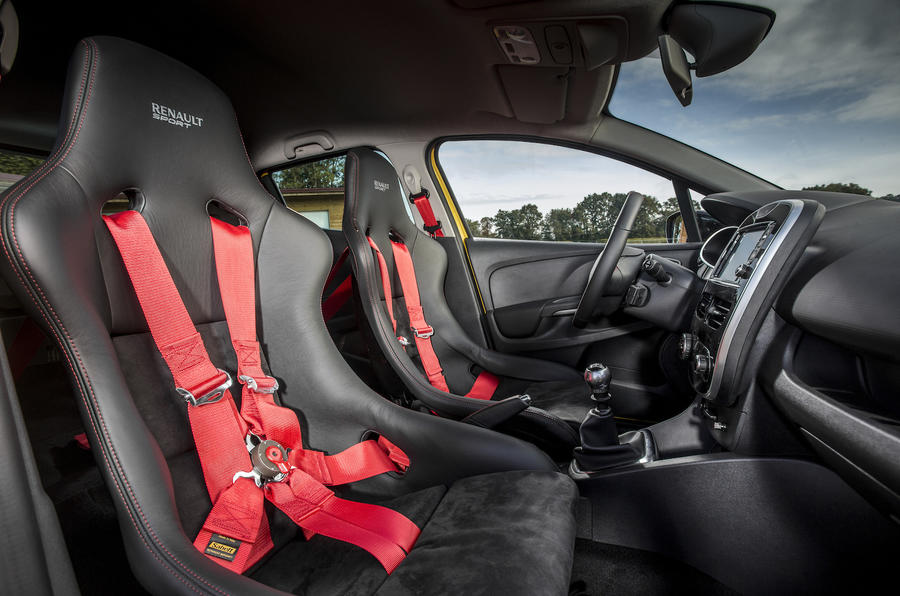 Renault Clio RS16 racing seats