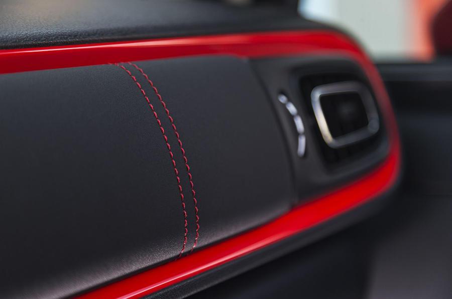 Citroen C3 red dashboard trim