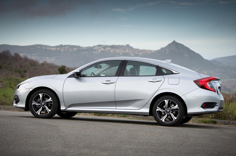 New Honda Civic saloon heading to the UK