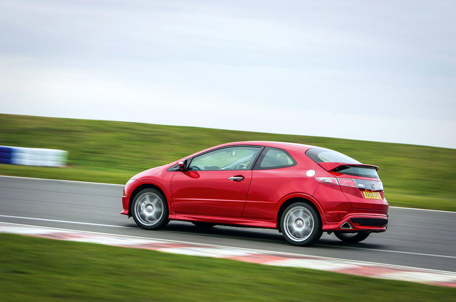 Used honda civic type r 2007 2012 buying guide autocar for How much to lease a honda civic