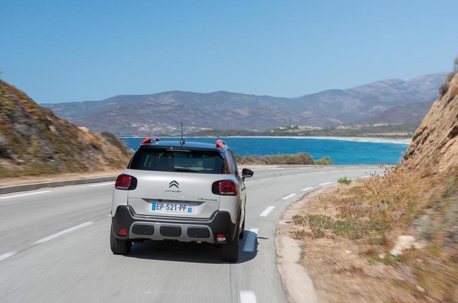 Citroën C3 Aircross rear cornering
