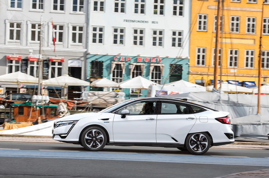 Honda Clarity Fuel Cell side profile