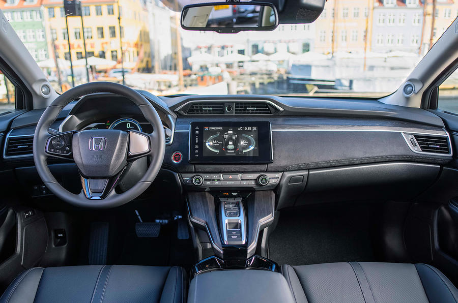 Honda Clarity Fuel Cell dashboard