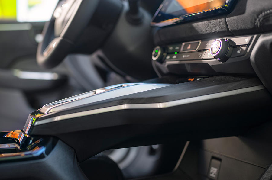 Honda Clarity Fuel Cell centre console