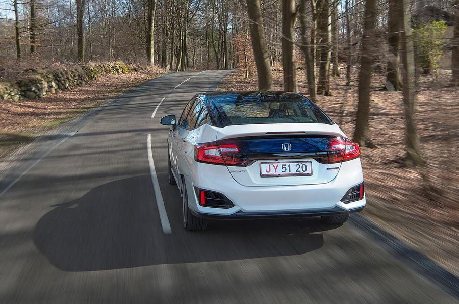 Honda Clarity Fuel Cell rear cornering