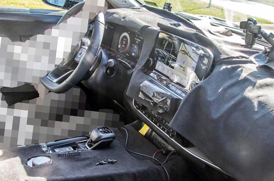 Nissan Rogue spy shot - interior