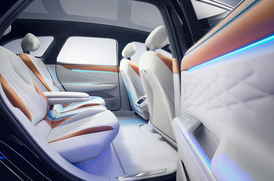 Volkswagen ID Space Vizzion 17