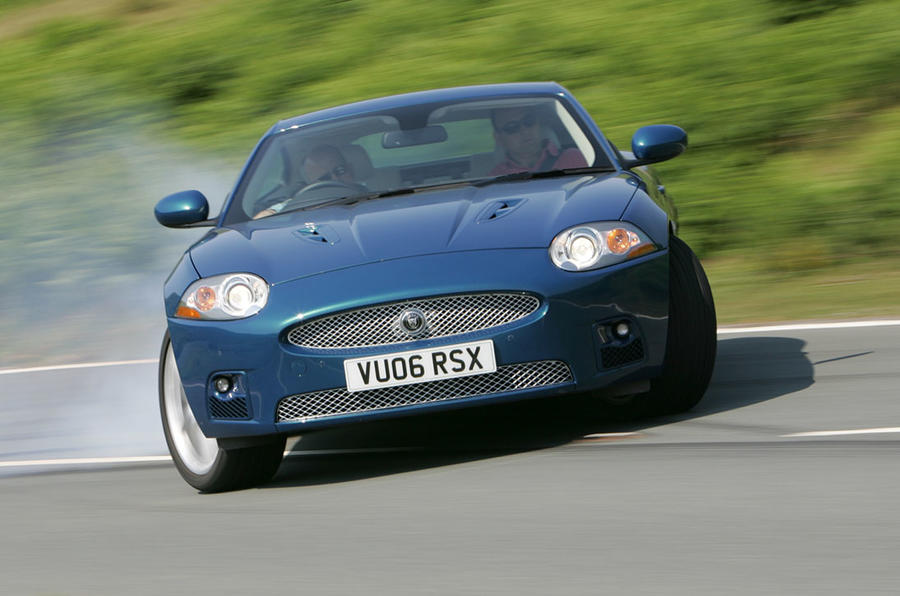 Jaguar XK drift