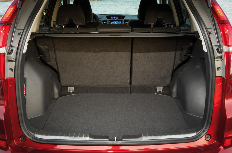 Honda CR-V boot space