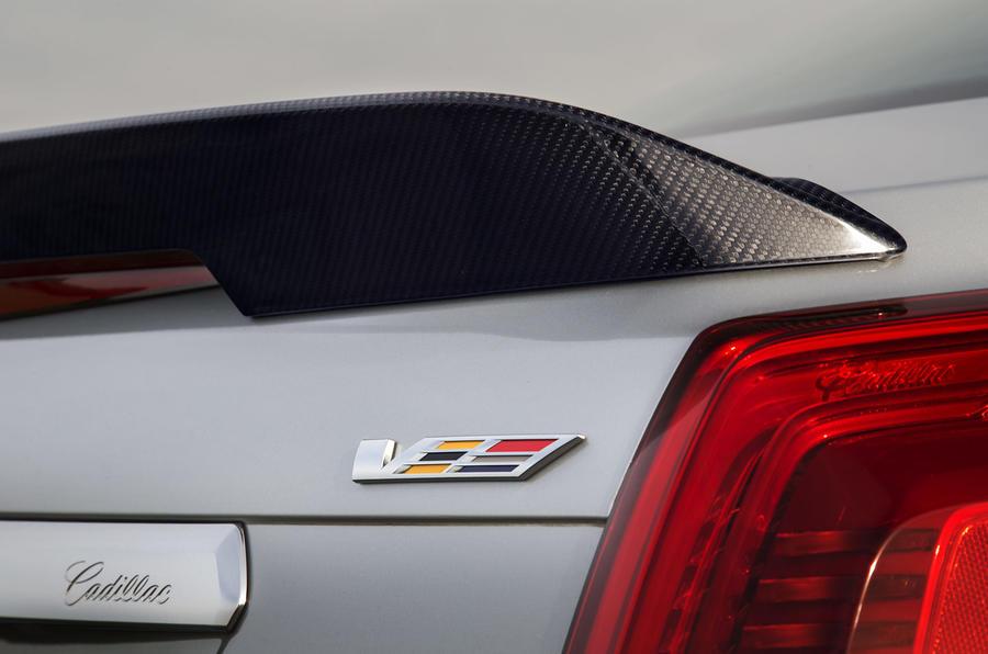 Cadillac CTS-V rear spoiler