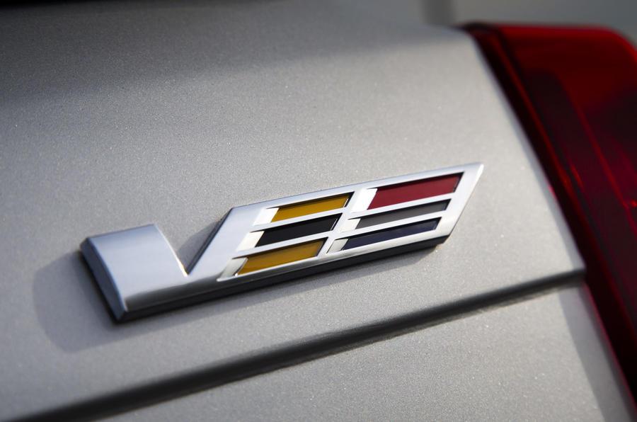 Cadillac CTS-V badging