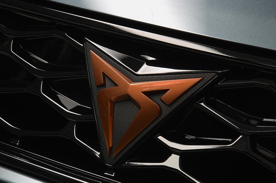 Cupra launches 300hp Ateca and first race vehicle