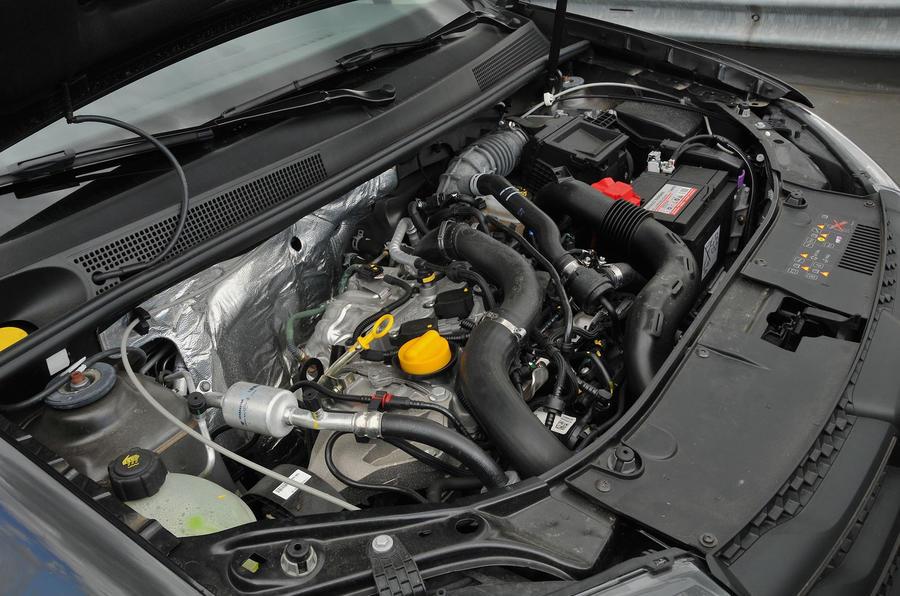 Dacia Sandero Stepway LPG engine bay