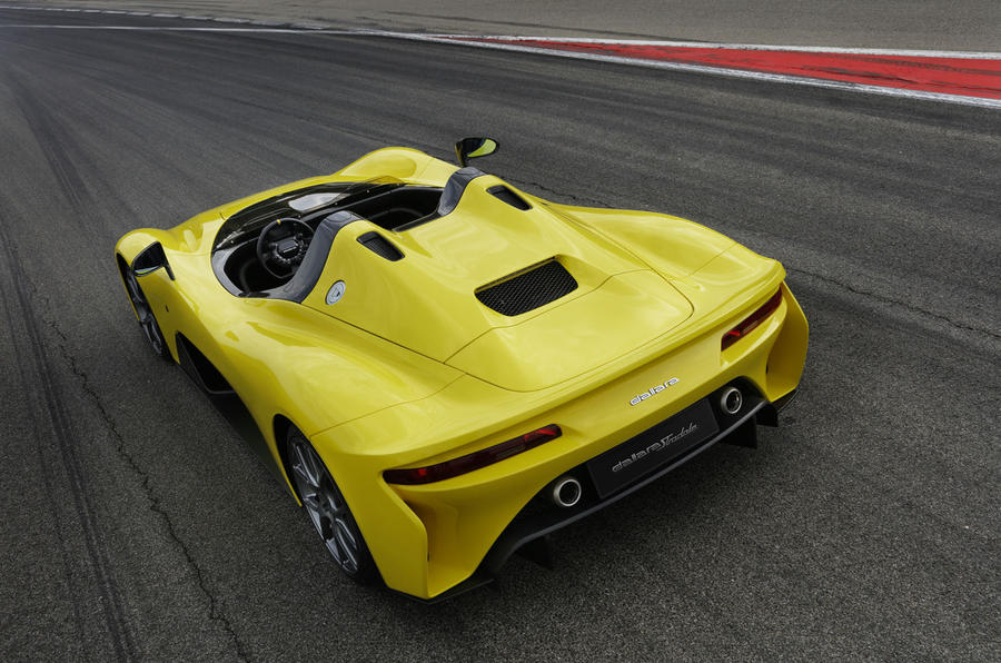Carbon-fiber bodied Dallara Stradale revealed with 400 PS