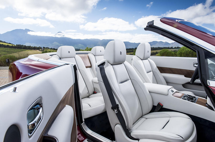Rolls-Royce Dawn front seats